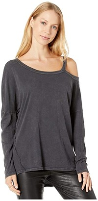 LAmade Roselyn Long Sleeve Top in Vintage Sand Wash Jersey (Iron) Women's Clothing