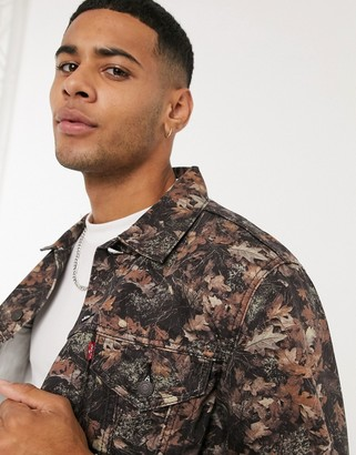 Levi's vintage fit photo leaf print denim trucker jacket in multi