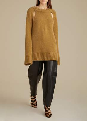 KHAITE The Liz Cutout Sweater in Fawn