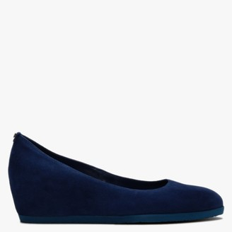 Högl Rosy Navy Suede Wedge Court Shoes