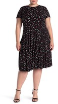 Maggy London Short Sleeve Crew Neck Jersey Knit Pleated Dress (Plus Size)
