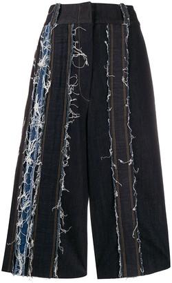 NO KA 'OI Frayed Detail Cropped Jeans