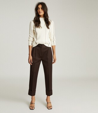 Reiss Mae - Wool Blend Pleat Front Trousers in Chocolate