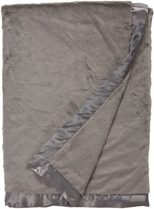 Giraffe at Home Luxe(TM) Faux Fur Solid Throw
