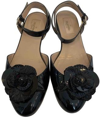 Valentino Black Patent leather Flats