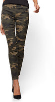 New York & Co. Soho Jeans - High-Waist Pull-On Ankle Legging - Camouflage Print - Petite