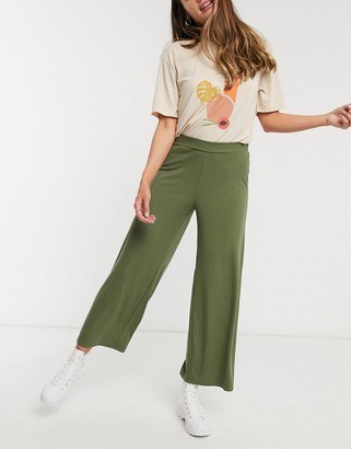 Pieces Kym mid waist wide leg cropped trousers