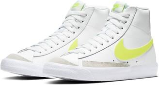 Nike Blazer Mid '77 Sneaker