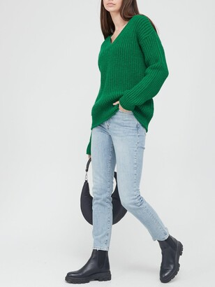 Very V Neck Chunky Knit Rolled Trim Knitted Jumper