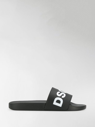 DSQUARED2 Logo Slides