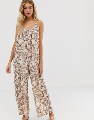 Asos Design DESIGN low back jumpsuit in crinkle in paisley print-Multi