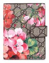 Gucci GG Blooms Passport Case