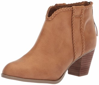 Report Women's Claire Ankle Boot