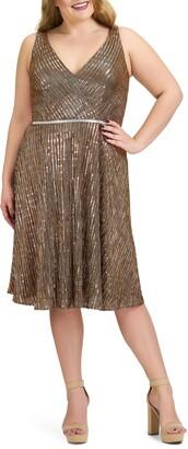 Mac Duggal Metallic Empire Waist Cocktail Dress