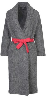 Hydrogen Coat