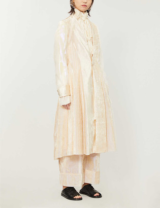 A Tentative Atelier Margareta iridescent-effect velvet coat