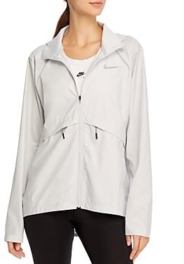 Nike Essential Hooded Lightweight Jacket