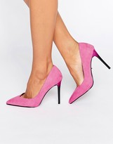 Faith Courtney Pink Pumps