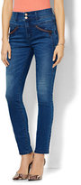 New York & Co. Soho Jeans - Ankle Legging - Runway Blue Wash