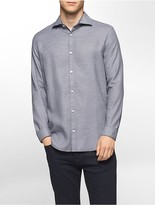 Calvin Klein Classic Fit Infinite Cool Dobby Twill Shirt