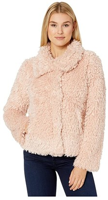 True Grit Dylan by Fluffy Faux-Sherpa Snap Jacket with Side Pockets (Jet) Women's Clothing