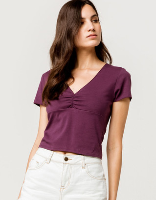 Ivy & Main Cinched V-Neck Plum Womens Crop Tee