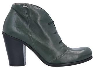 LILIMILL Lace-up shoe