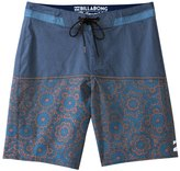Billabong Men's Shifty X Boardshort 8132640