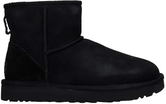 UGG Mini Classic Ii Low Heels Ankle Boots In Black Suede