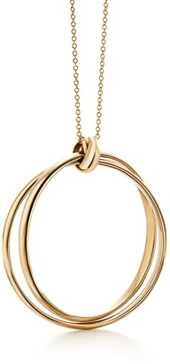 Tiffany & Co. Paloma's Melody circle pendant in 18k gold, large