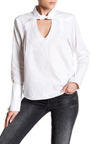 Romeo & Juliet Couture Long Sleeve Solid Blouse