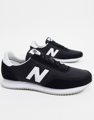 New Balance 720 sneakers in black
