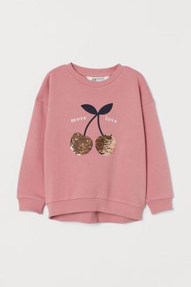 H&M Sweatshirt with a decoration