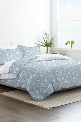 IENJOY HOME Home Collection Premium Ultra Soft Country Home Pattern 3-Piece Reversible Duvet Cover Set - Light Blue