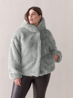 Daisy Oversized Faux Fur Jacket - jakke