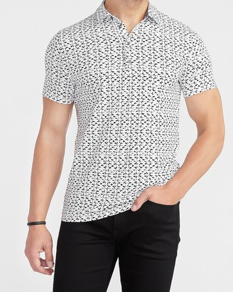 Express Printed Moisture-Wicking Performance Polo