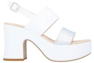 MARTINA B. Sandals