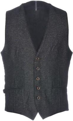 Montedoro Vests