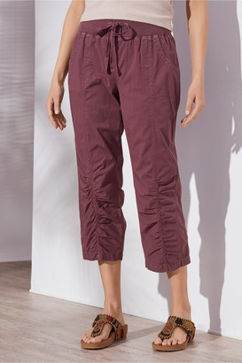 Petites Summer Fun Ruched Crop Pants