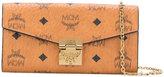MCM logo print chain clutch - women - Leather - One Size