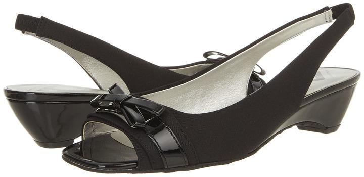 Anne Klein Bogdon (Black/Black Fabric) - Footwear