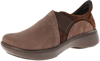 Naot Footwear Women's Atlantic Flat