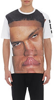 Hood by Air MEN'S FACE-PRINT T-SHIRT-WHITE SIZE XS