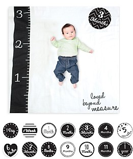 Lulujo Loved Beyond Measure Baby Blanket & Age Cards Set