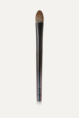 SURRATT BEAUTY Classique Shadow Brush Grande