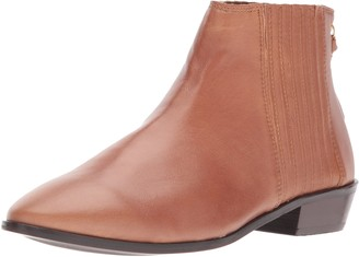 Kenneth Cole Reaction Women's Loop-y Flat Ankle Bootie Finger Gusset Leather