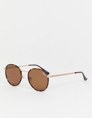 Quay Omen round sunglasses in tort