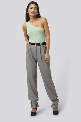 NA-KD Closure Suit Pants Beige