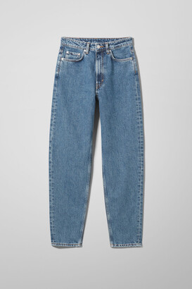 Weekday Lash Extra High Mom Jeans - Blue