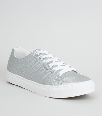 New Look Leather-Look Quilted Lace Up Trainers